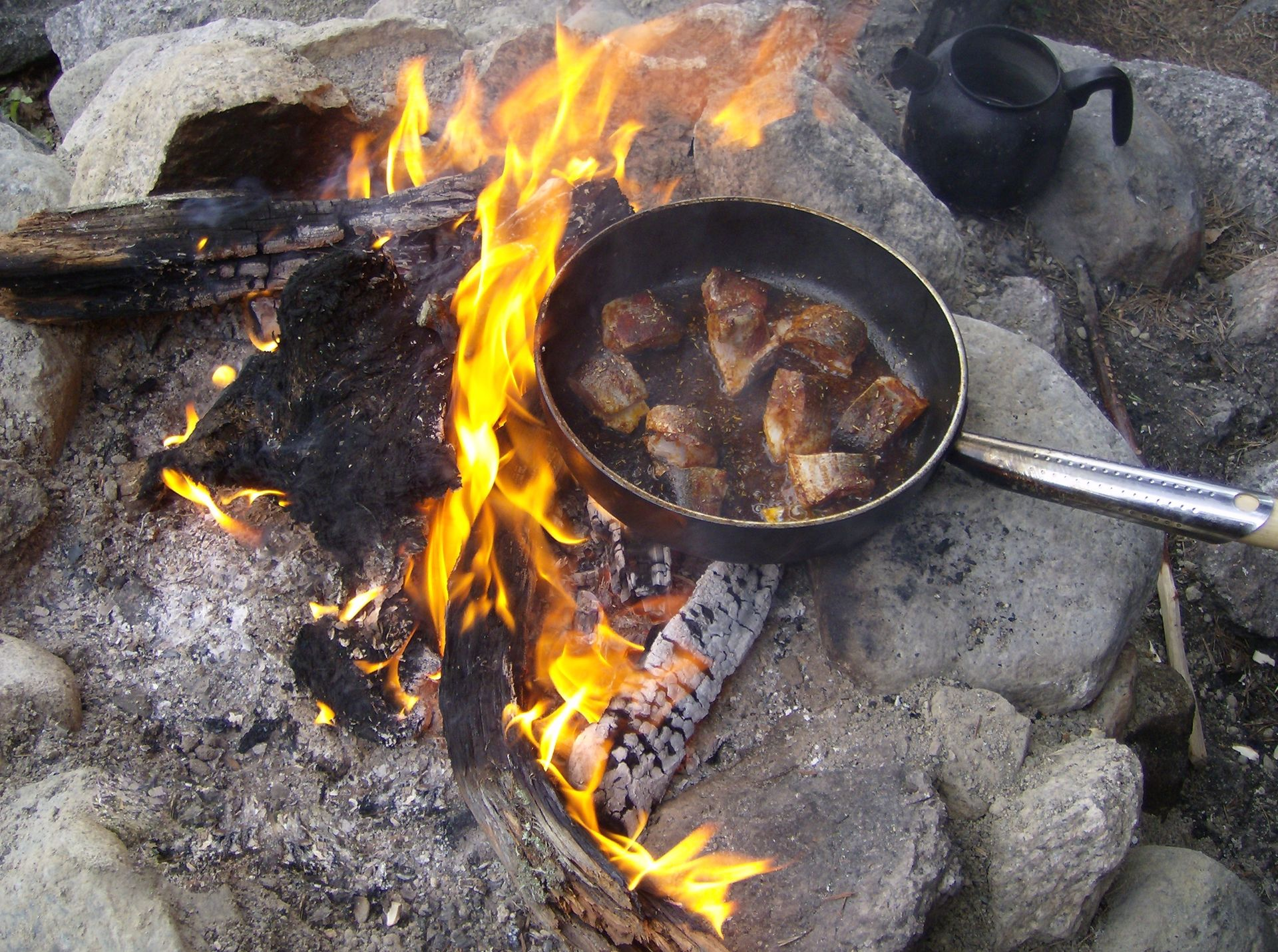 Lunch during bushcraft course