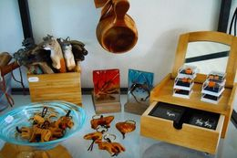 Handicrafts at Wilderness Life