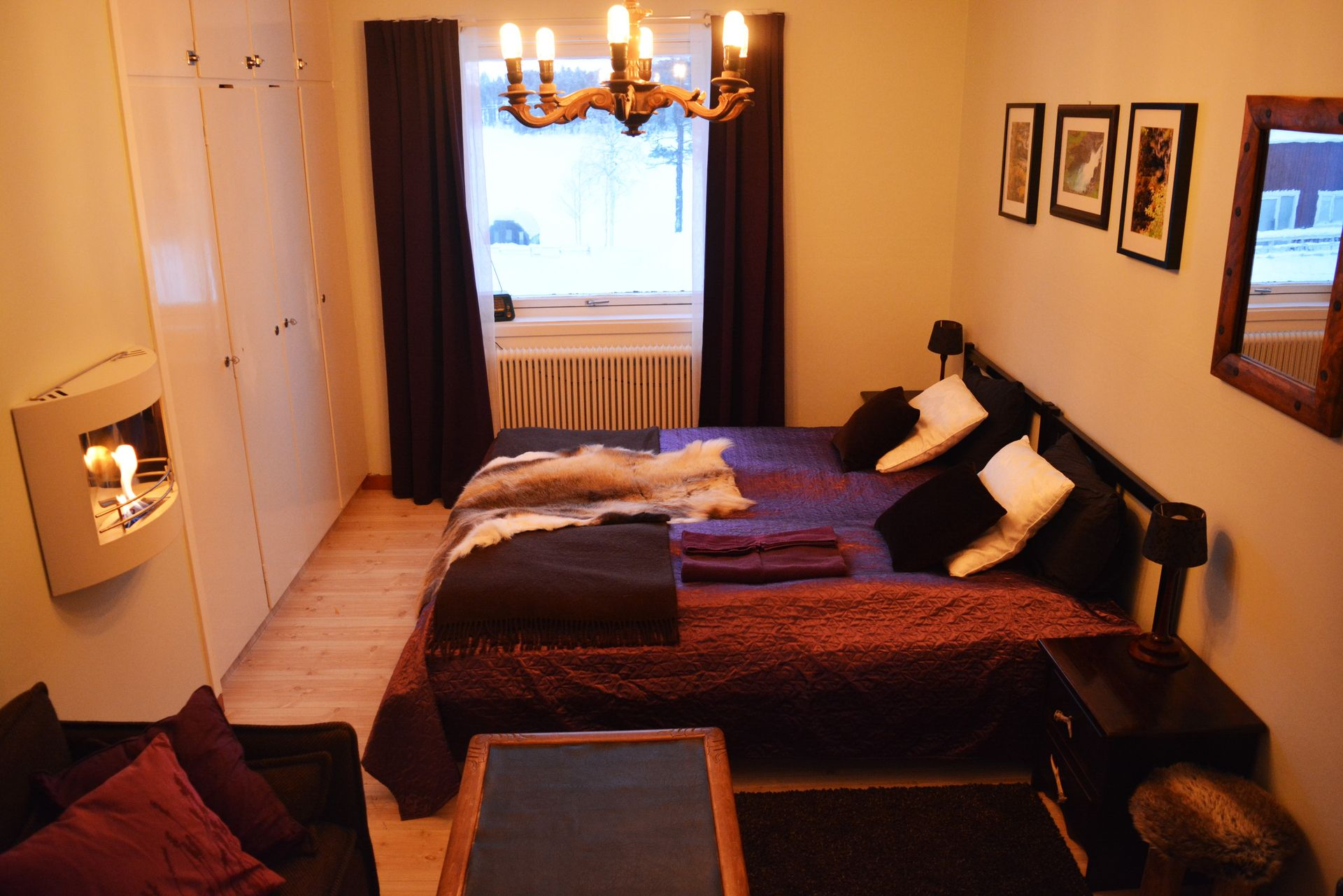 Double room in rustic style in Swedish Lapland